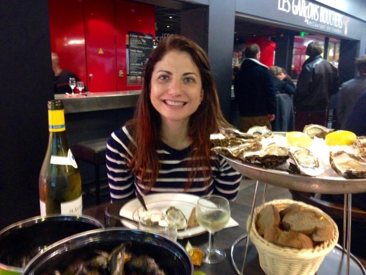les halles de lyon oysters.jpg